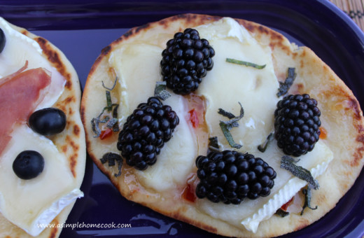 Flat Bread with Brie and Blackberries